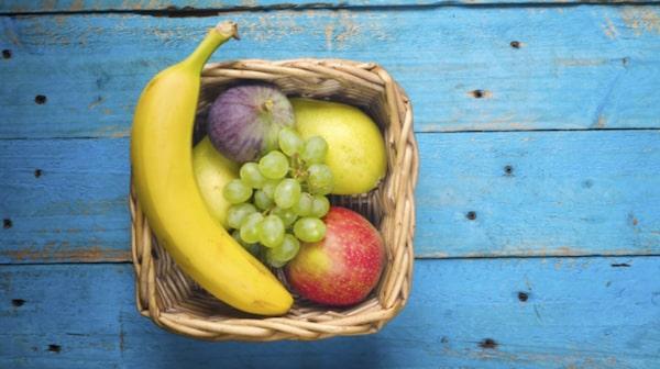 """""""Välj hela frukter – bär, grönsaker, nötter – som ger näring"""", säger Sofia Antonsson."""