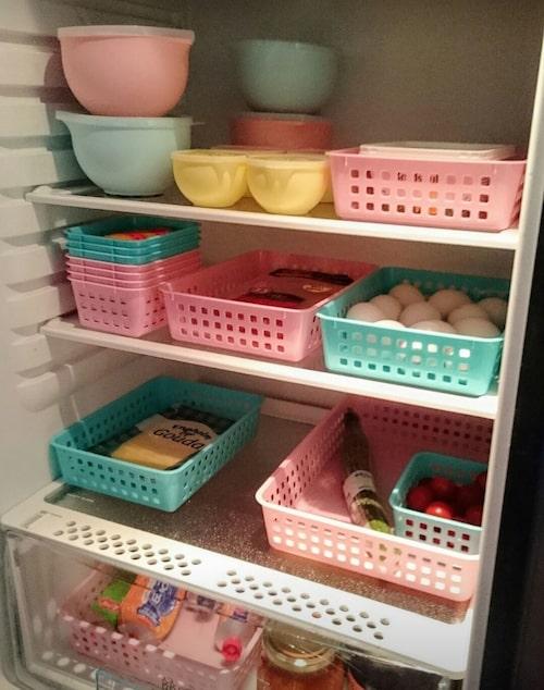 Pasteller även i kylskåpet.
