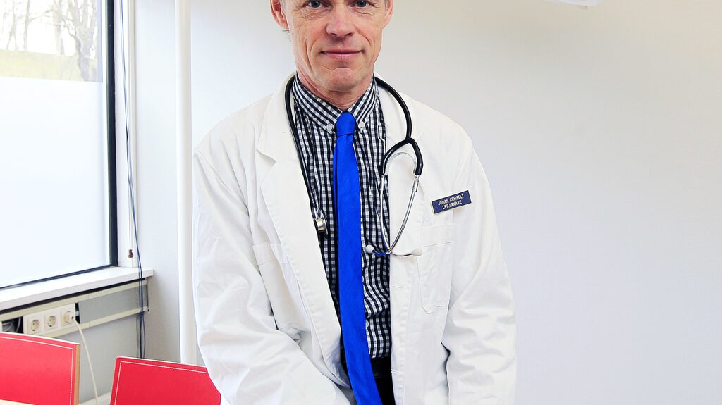 Läkare Johan Armfelt.