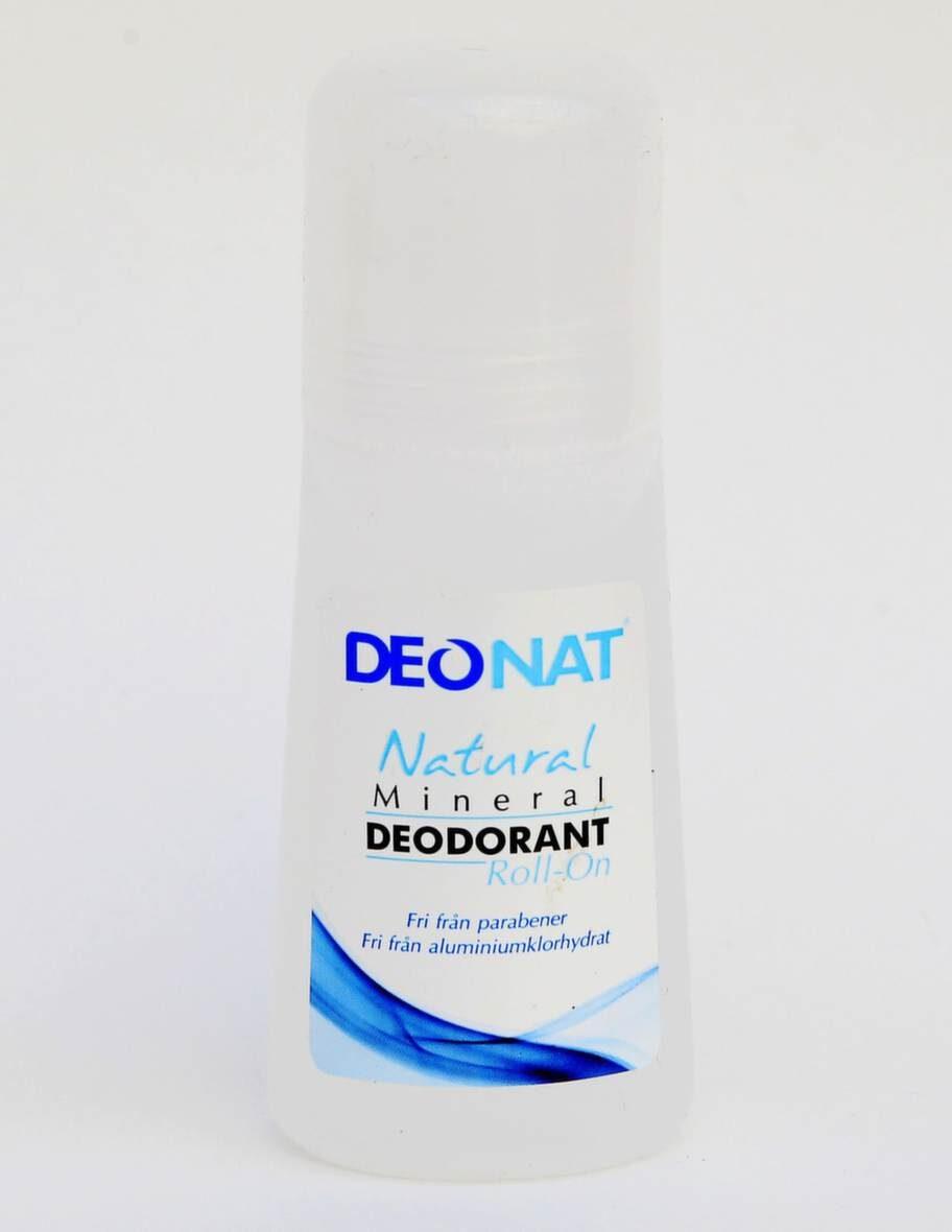 """<span></span>OPARFYMERADE<br><exp:icon type=""""wasp""""></exp:icon><exp:icon type=""""wasp""""></exp:icon><br>DeoNat, Natural mineral deodorant roll-on.<br>Pris: 69-99 kronor, 65 ml.<br><strong>Produkten lovar:</strong> Gjord på naturliga mineralsalter som motverkar dålig lukt genom att bilda en tunn skyddande hinna som stänger ute bakterier som kan framkalla dålig lukt. Räcker länge, lämnar inga fläckar på kläderna och låter huden andas utan att porerna täpps till.<br><strong>Testkommentar:</strong> Ser ut och doftar lite grann som handsprit. Tål att man cyklar, men sitter inte kvar efter en joggingtur. Helt okej produkt, men den är inte prisvärd."""