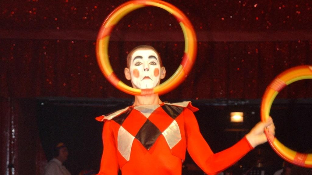 Jonglören Tzarkov, en av alla artister som uppträtt på Cirkus Scott sedan starten 1937.