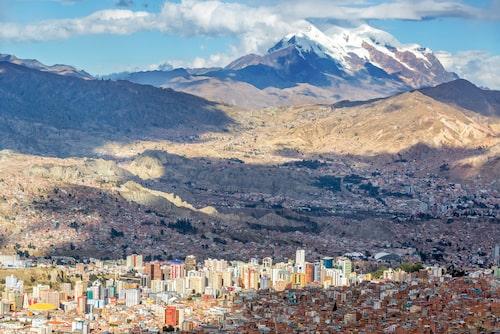 Bolivias huvudstad La Paz upplever en renässans – och har världens största linbanesystem.