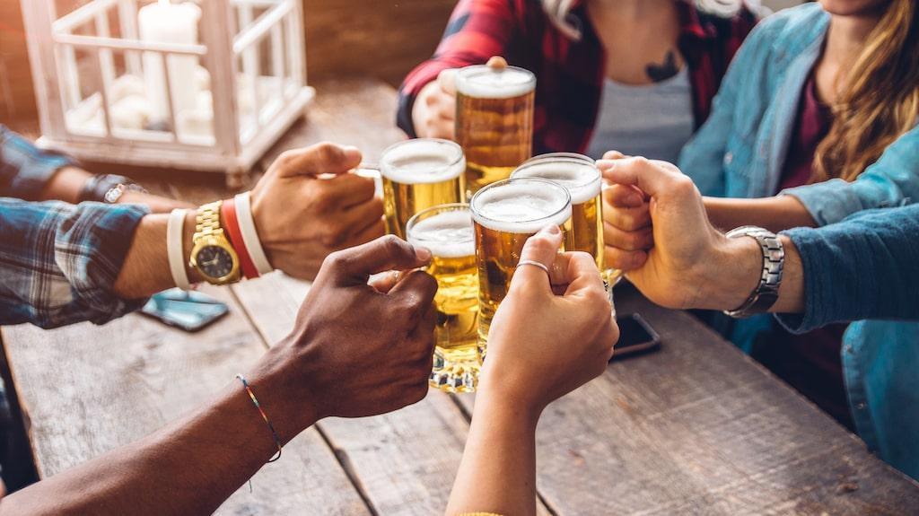 Experterna tipsar om god öl att köpa till helgen!