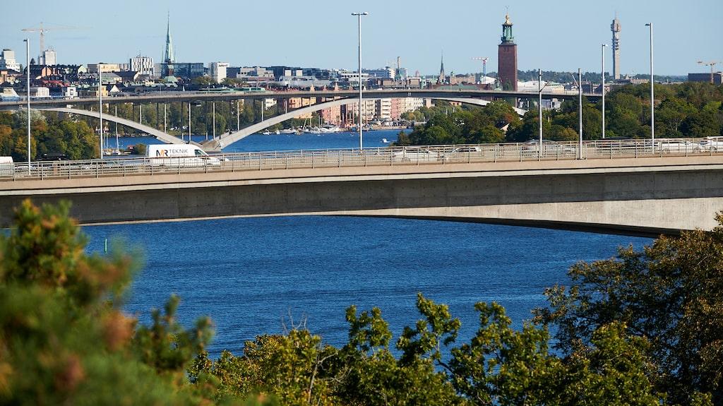 Utsikten över vattnet och Stockholm är maffig.
