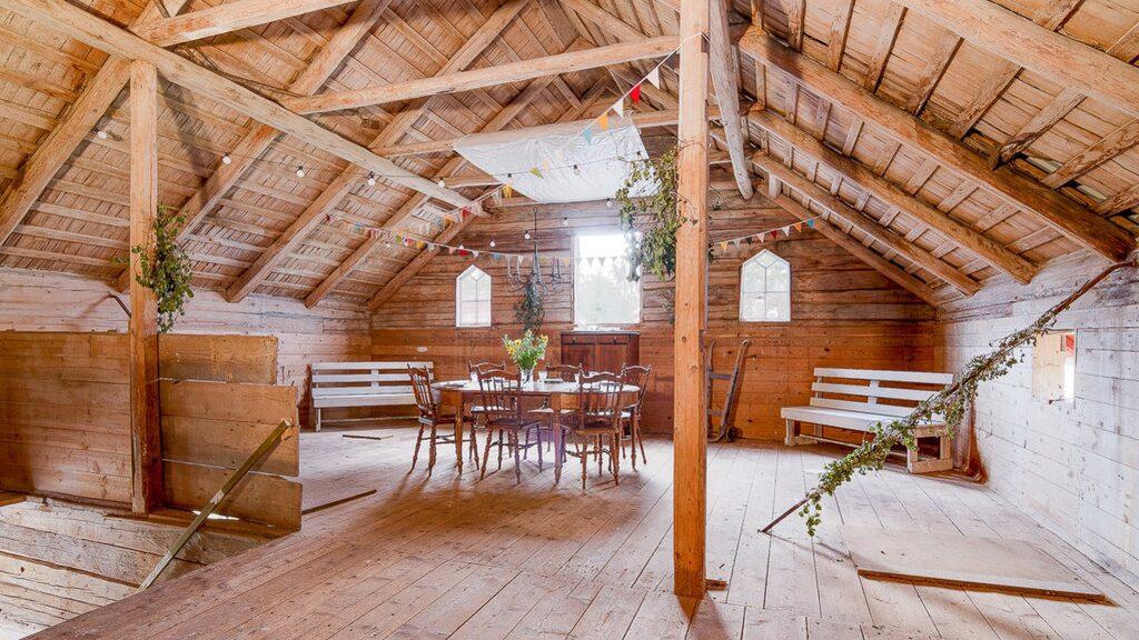 I Sädesmagasinet finns ett fantastiskt loft som kan användas som festlokal, lekrum, hobby, ateljé eller annan verksamhet.