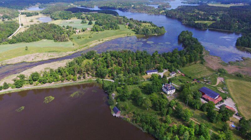 Slottet ligger mitt i ett naturreservat.