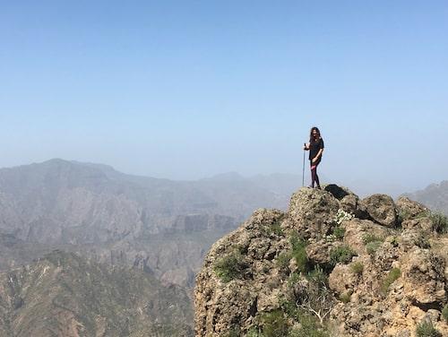 Författaren på bergsvandring på Gran Canaria.