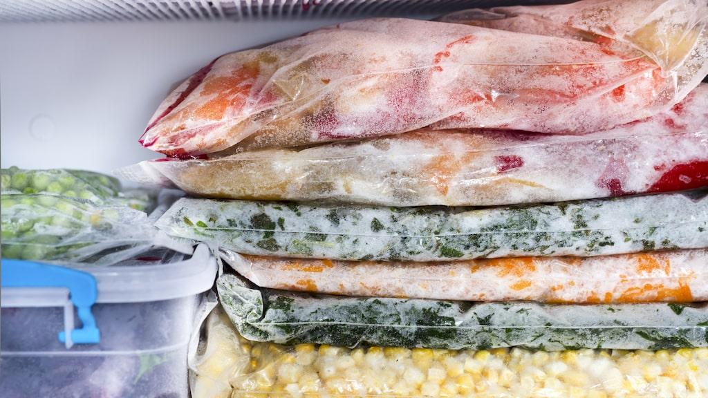 Hur ofta slänger du mat som legat lite för länge i frysen?