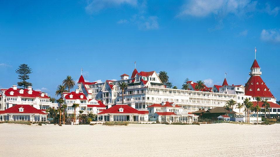 Hotel Del Coronado i San Diego har nyligen byggt ut och anpassat sitt hotell för att kunna ta emot husdjur, och särskilt hundar.