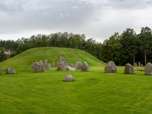 Anundshög är Sveriges största gravhög.
