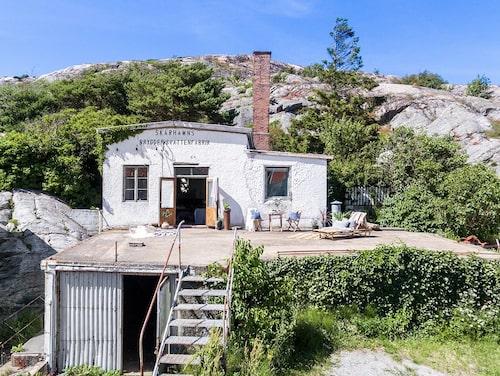 Skärhamns bryggeri och vattenfabrik är till salu för 2 miljoner kronor. Och det är inte någon vanlig byggnad.