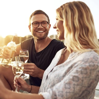 Dating site for Expats in Spain Finding love is a challenging quest.