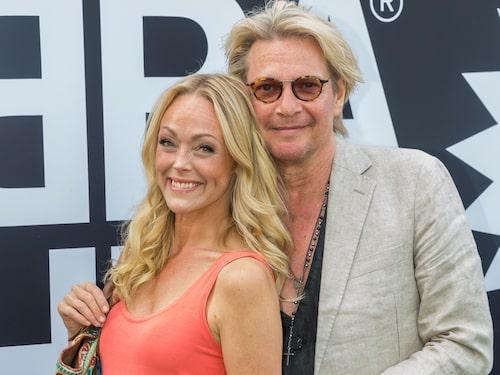 Tommy Nilsson med nuvarande kärleken Linda Olsson.