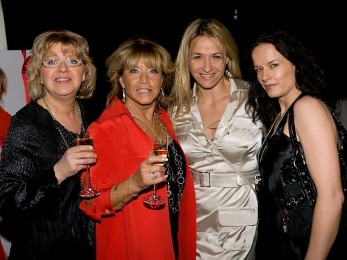 """Barbro """"Lill-Babs"""" Svensson gick bort 3 april 2018. Här tillsammans med döttrarna Monica, Malin och Kristin."""