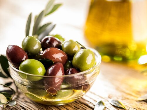 Få i dig probiotika genom oliver.