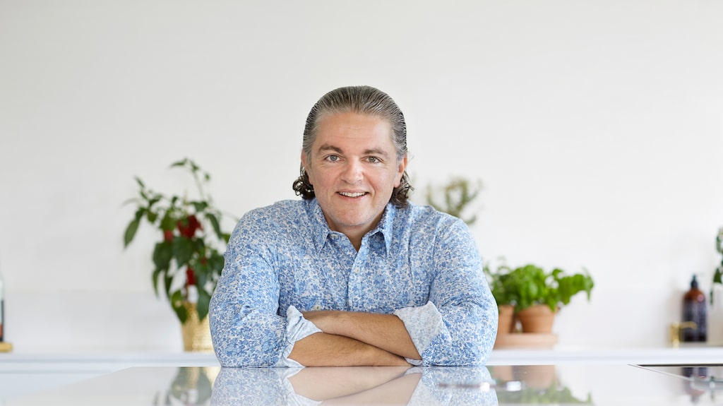 Näringsfysiologen Fredrik Paulún vet vilka livsmedel du behöver för att hålla dig pigg i höstmörkret.