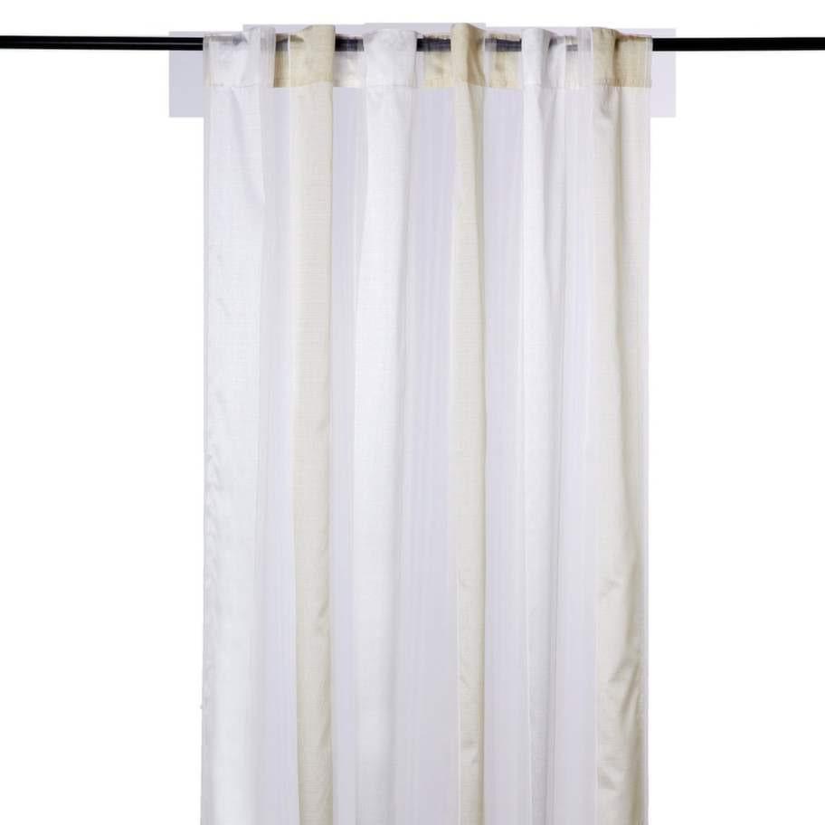 Transparent. Gardinlängd med breda, vävda ränder, 120 × 240 centimeter, 149 kronor, Hemtex.