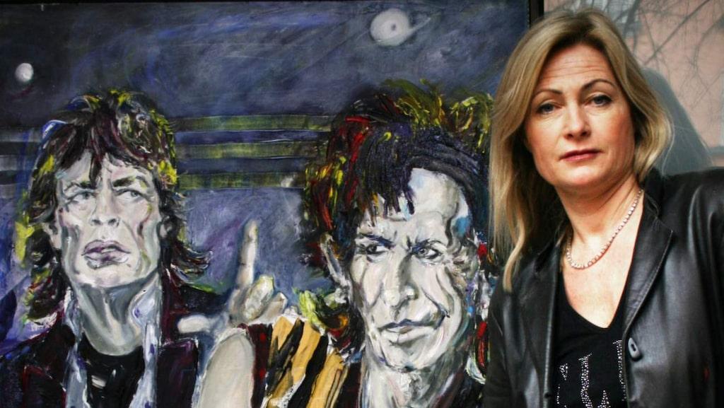 I konstnären Annika Jägfeldts galleribostad huserar flera av hennes coola rockporträtt.