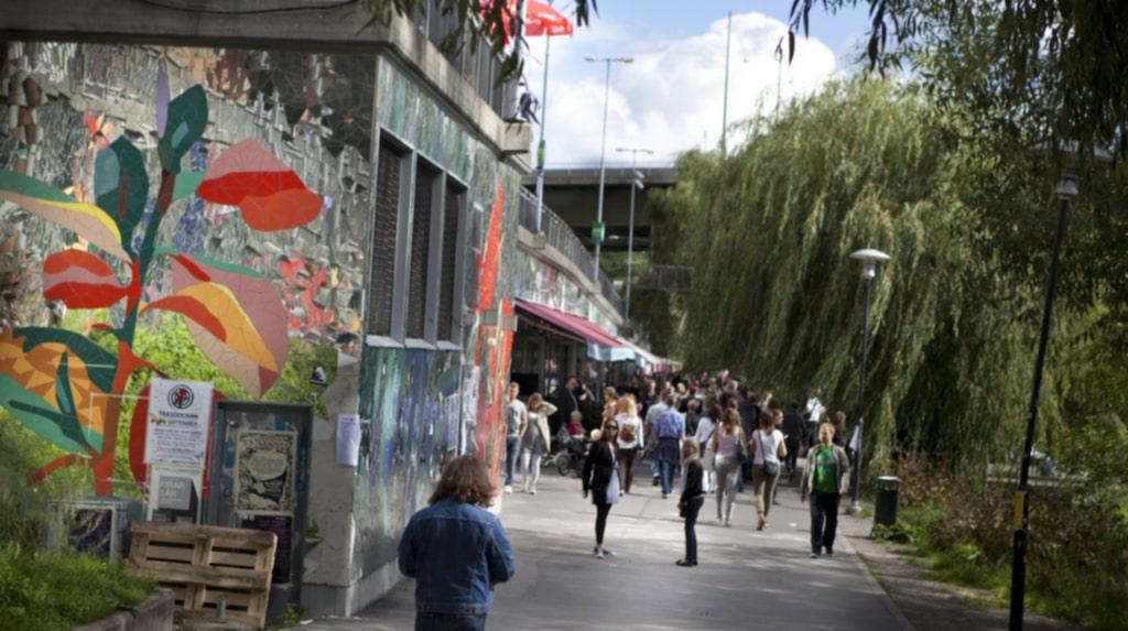 <p>Hipstermeckat Hornstull i Stockholm. På rätt sida tullen.</p>