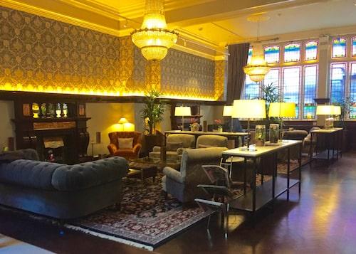 Fleet Street Hotel ligger centralt mitt i Temple Bar-området.