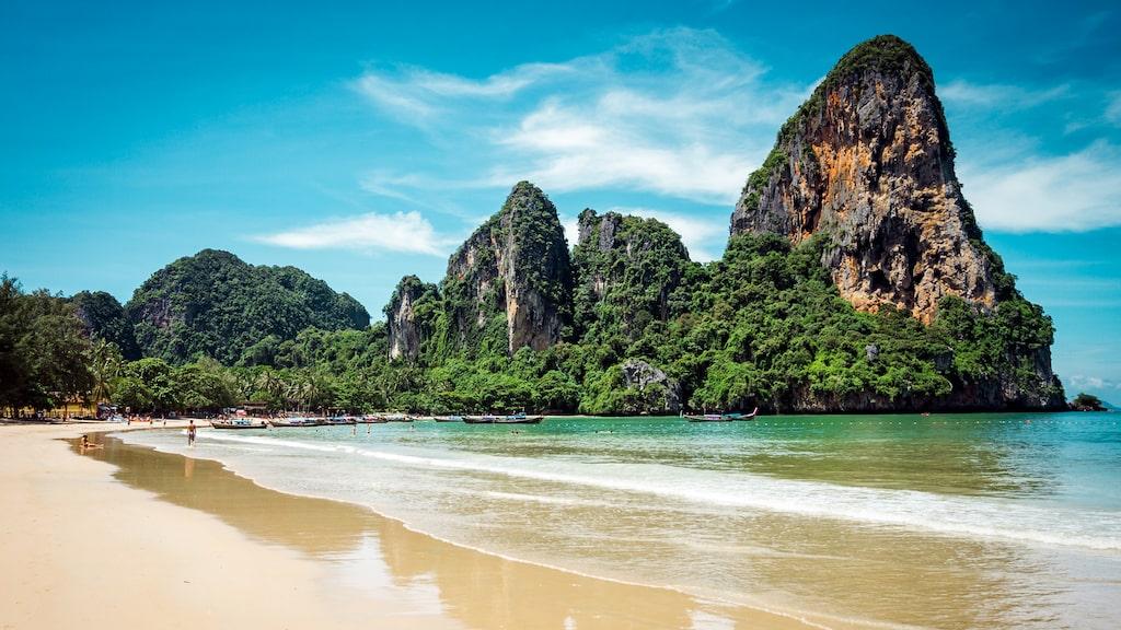 En av Thailands vackraste stränder, Railey Beach.