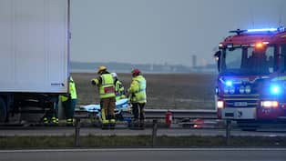 En person omkom i trafikolycka pa e 6