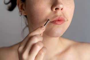 ta bort oönskad hårväxt i ansiktet