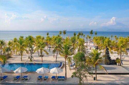 Mahagiri Resort förfogar över en fin bit av Jungutbatu Beach på ön Nusa Lembongan.