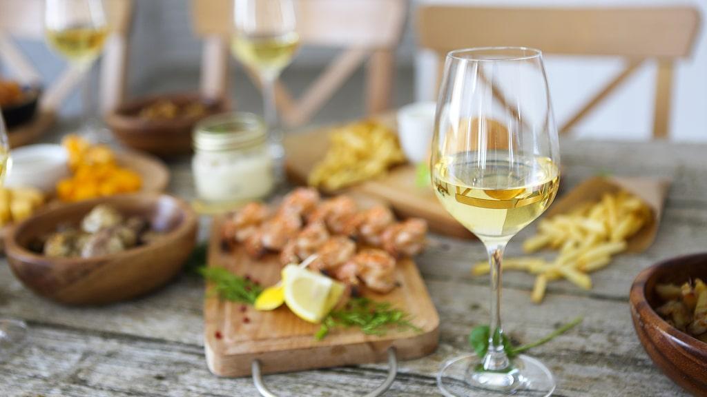 Vita budgetfynd som fått högsta betyg av Allt om Vins vinprovare under 2019.
