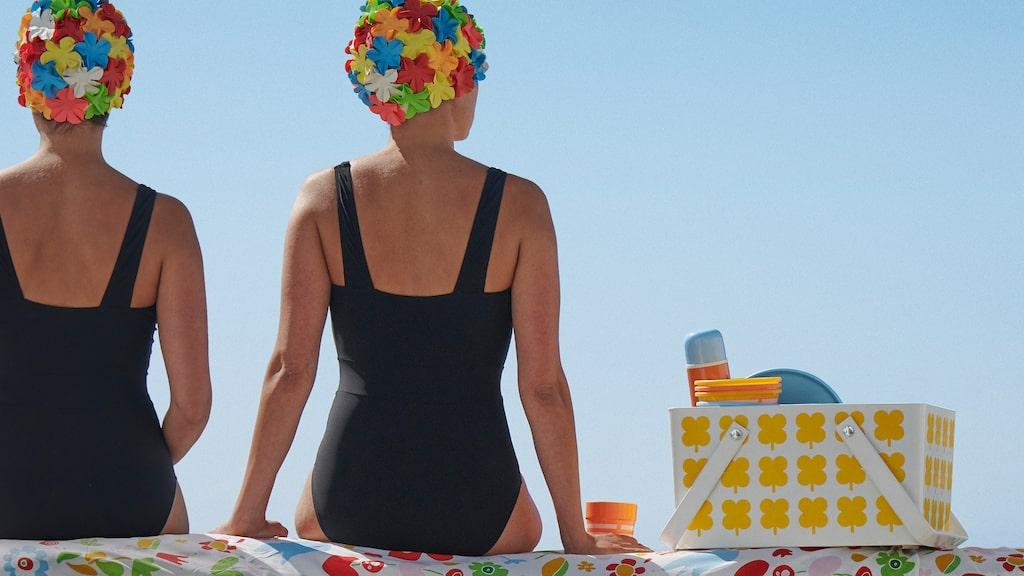 Grafiska mönster, starka färger och retrokänsla präglar Ikeas sommarkollektion. Duk 99 kronor.