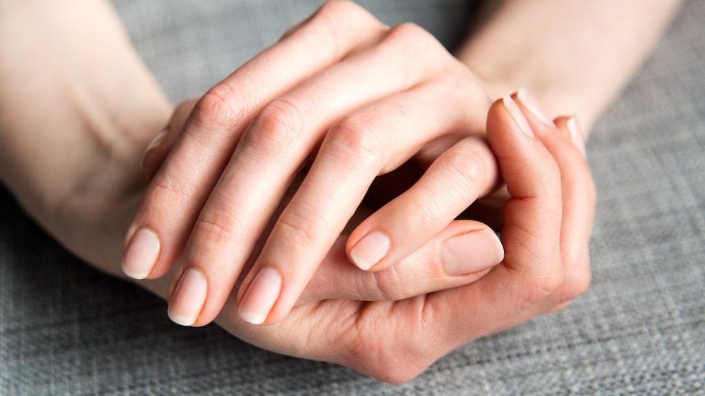Så får du salongsfina naglar med hemmamanikyr.