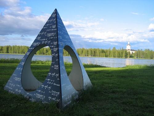 Struves meridianbåge upptogs på Unescos världsarvslista år 2005.