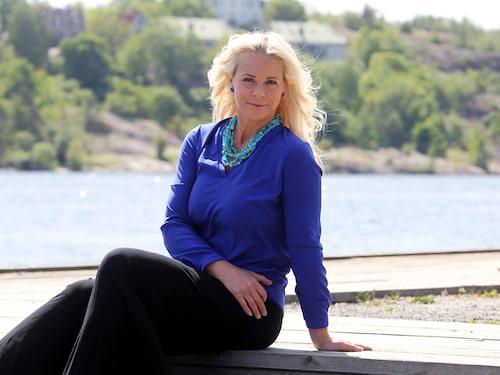 """I boken """"Scener ur hjärtat"""" berättar Malena Ernman öppenhjärtigt om familjekrisen."""