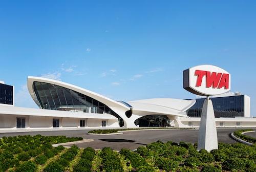 Upplev glamour från 1960-talet på TWA Hotel.
