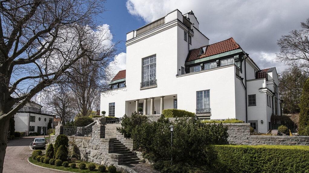 Enligt Riksantikvarieämbetet är huset tillsammans med Dramaten och Thielska galleriet det bästa exemplet i Stockholm på en strikt kubistisk jugendarkitektur i Wienarkitekten Joseph Maria Olbrichs anda