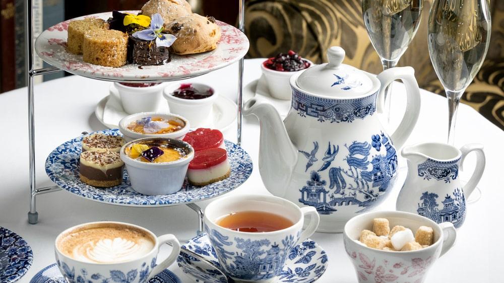 """Afternoon tea är ett utmärkt sätt att """"sätta guldkant"""" på vardagen."""