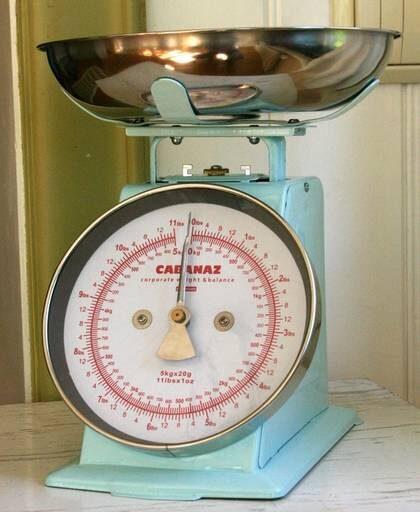 Väg rätt. En robust köksvåg som väger upp till 10 kilo, 375 kronor.