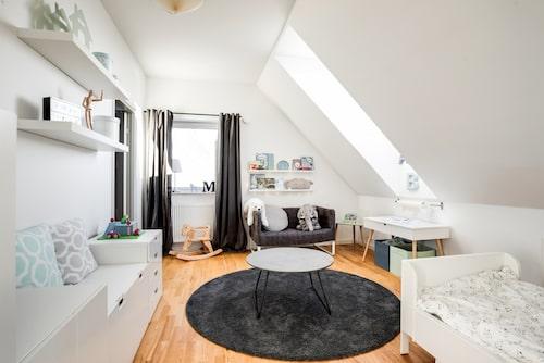 Villan har totalt sex sovrum.