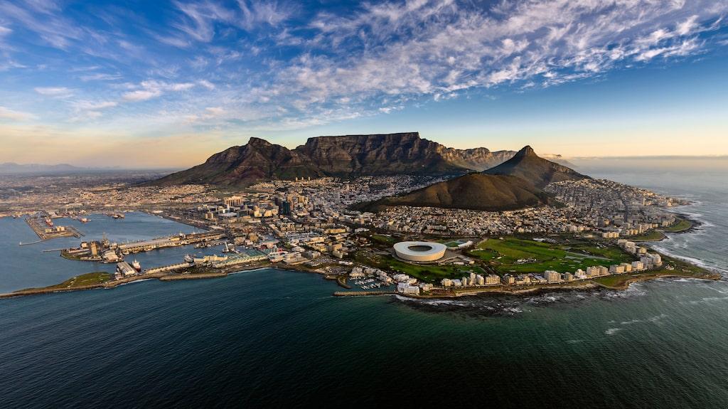 Taffelberget söder om Kapstaden är en populär turistattraktion.