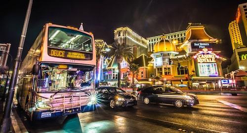 Las Vegas strip är bra val om du inte kan få nog av ljusshower och att förlora pengar.