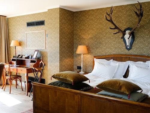 Säteriet, Eriksberg Hotell & Safaripark.