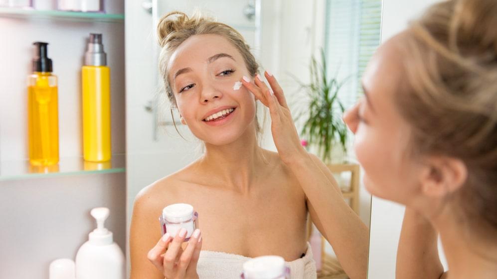 Har du koll på vad de olika ingredienserna i din hudvård gör?