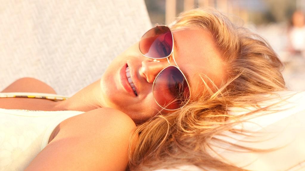 Här är de bästa solkrämerna till ditt ansikte. Skydda huden med solskyddsfaktor - vi har testat tre av årets nyheter. Dessutom kan du här hitta betyg från 2016 och 2015 års test av solskydd för ansiktet.