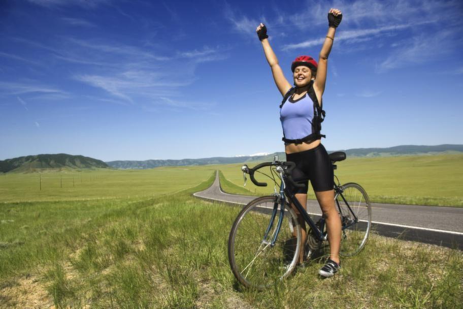 En timmes cykling i normalt tempo, 15 km/timme, motsvarar cirka 8000 steg.
