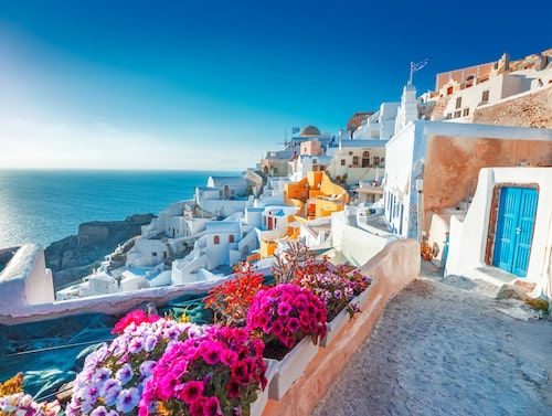 Oia är en av greklands instagram-vänliga byar.