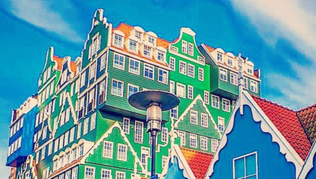 <p>Inntel Hotel Zaandam i Amterdam är minst sagt färgglatt.<br></p>