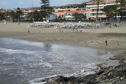 För dig som vill undvika charterturister är mindre kända Playa de Burras ett perfekt alternativ.
