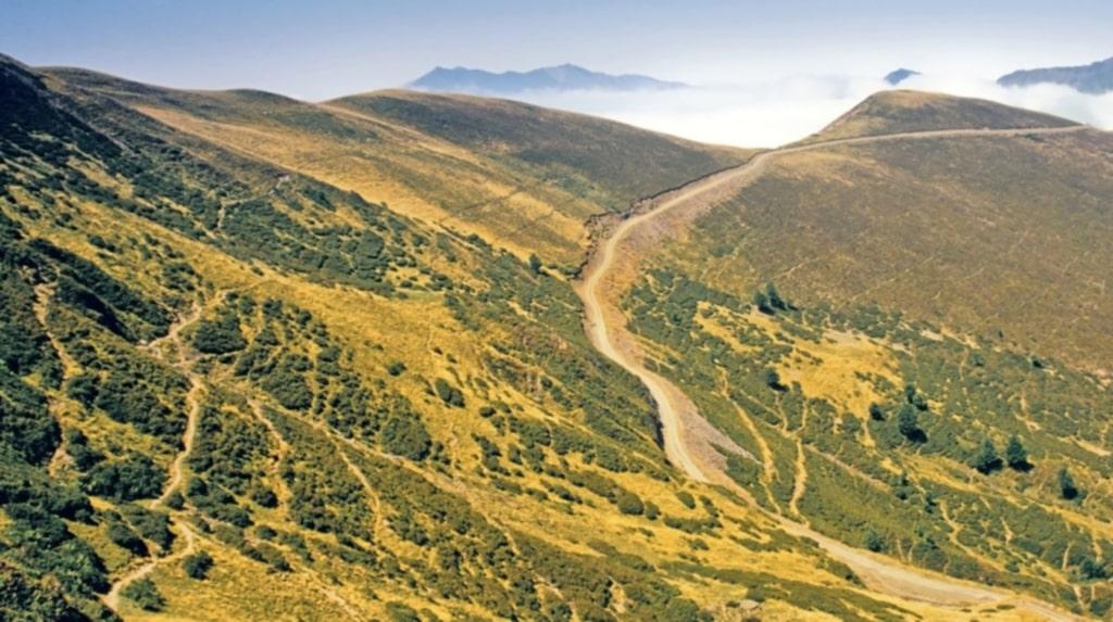 <p>Baskien runt går över bergskedjan Pyrenéerna.</p>