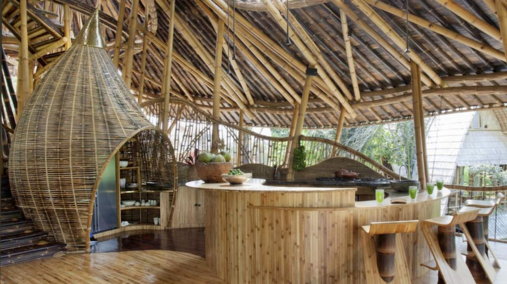 Bambu har samma tryckkraft som betong och styrka och hållfasthet som stål.
