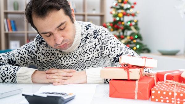 I genomsnitt beräknas svenska folket att spendera 7800 kronor per person under december.
